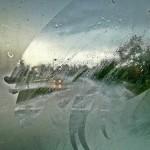 วิธีไล่ฝ้ากระจกรถยนต์