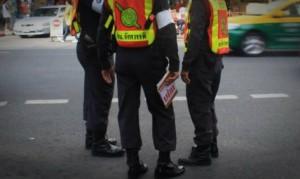 ตำรวจสั่งเบรกติดกล้องแอบถ่ายประชาชน