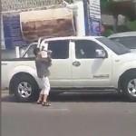 ทนายฟันธง ป้าทุบรถกระบะ ไม่ผิดฐานทำให้เสียทรัพย์